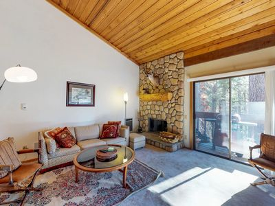 Photo for Rustic condo w/ shared pool & hot tub - walking distance to Huntington Lake