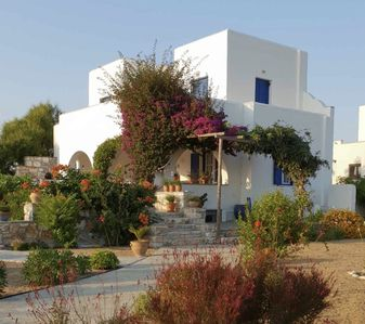Photo for Villa In Naxos, Near Agia Anna And Plaka Beach