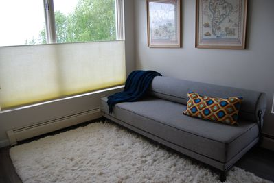 Pull out couch converts to a queen size bed