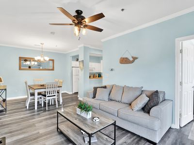 Photo for The Complete Condo-Fully Furnished 10 Min From Both Beaches. Airbnb Superhost!