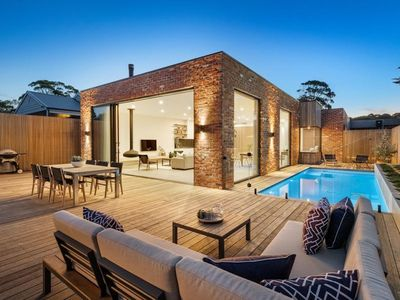 Photo for LUXE poolside living, in the heart of Flinders.