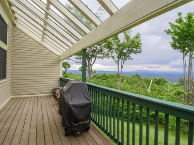 Photo for Warm, welcoming home has easy access to skiing & shared seasonal pool