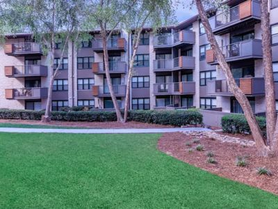 Photo for 3 BR , 2 BA, Modern apt in Buckhead 10 mins from downtown ATL