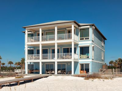 Photo for HAVE A BALL with Kaiser in Dalarna: 12 BR/12 A House in Orange Beach Sleeps 30