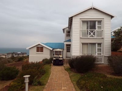 Photo for 4BR Villa Vacation Rental in Mossel Bay,