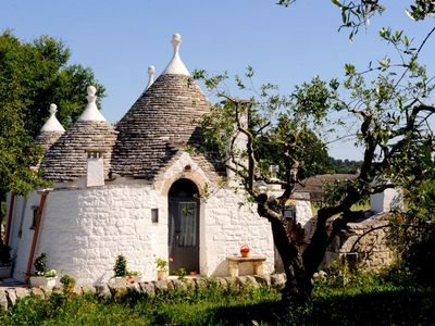 Photo for Located just a few steps from Locorotondo and the picturesque village of Alberobello, stands this de