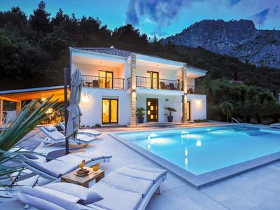 Photo for 4 bedroom accommodation in Omis