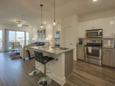 Photo for Luxurious Dowtown Top Floor 2bed 2 bath Condo- #516