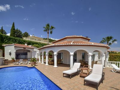Photo for Beautiful private villa for 8 people with private pool, WIFI, A/C, TV and parking