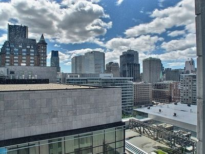 Luxurious Condo - Business District - Montreal
