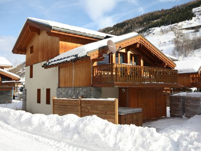 Photo for Chalet Brooklyn 15+ /on the slopes/3Valleys/jacuzzi/sauna /fireplace/wifi/XBox