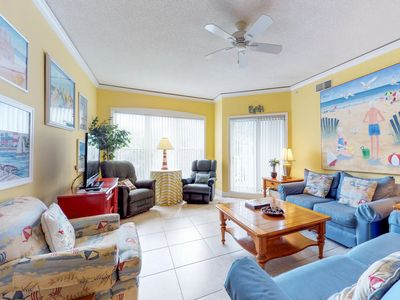 Photo for Oceanfront condo w/ lovely views, beach access, gym, shared pool & hot tub