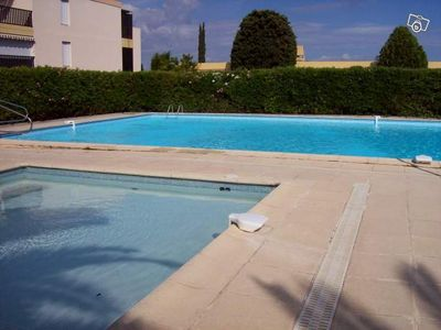 Photo for Pleasant bright studio with sea view terrace, swimming pool, tennis, parking, wifi