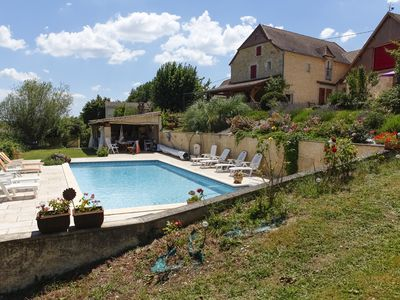 Photo for MASKALI, Gite le Périgourdin, heated swimming pool open view