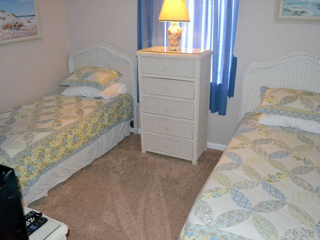 special offer 10 off beachfront no stairs king size bed