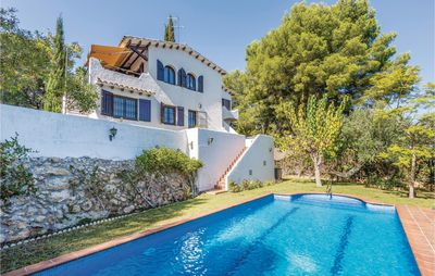Photo for 4 bedroom accommodation in Coma-Ruga, El Vendrell