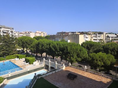 Photo for Beautiful apartment 4 pers, at the seaside with pool, in a luxury residence