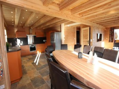 Photo for Chalet La Toussuire, 5 bedrooms, 14 persons