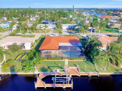 Photo for Villa Del Mare -  Luxury Cape Coral Yacht Club Villa - 2546 sqft (237m²)