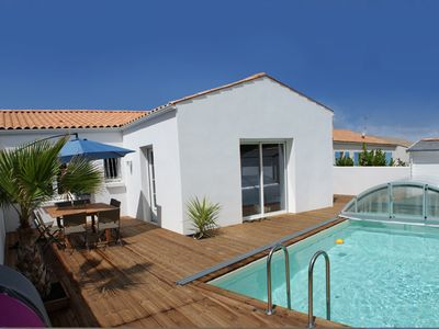 Photo for New villa with heated private pool and sliding shelter at Château d'Oléron