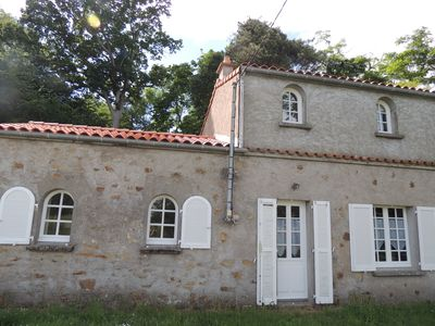 Photo for Charming cottage near the sea, parks and activities, between Pornic and Nantes
