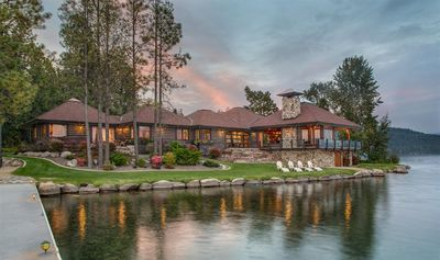 2 acres, 2 beaches, dock, boat & jet ski lifts, paddle boards &