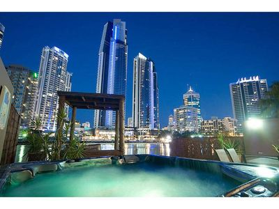 Photo for 4BR House Vacation Rental in Surfers Paradise, QLD