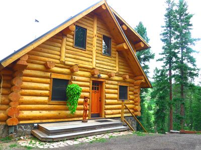 Photo for ★☆Log Cabin w Hot Tub, BBQ & Fire Pit on the River