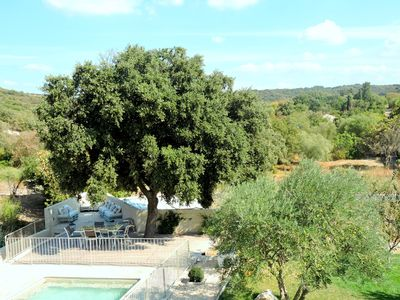 Photo for Bastide 5km from the Pont du Gard with open views of the vineyards