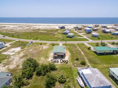 "Photo for ""Sea Dog"" Fantastic Gulf View Dauphin Island pet friendly home! MUST SEE!!"