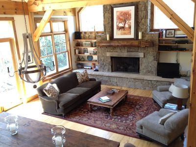 Great Room, Large Gas Fireplace, TV, 24' Ceiling, Exposed Beams