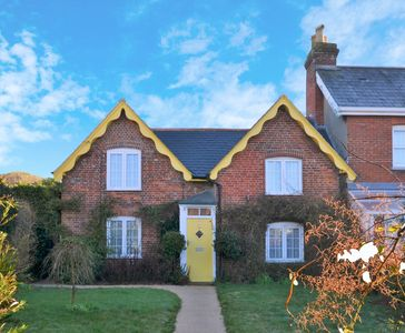 Photo for Beautiful character cottage within walking distance of popular beaches
