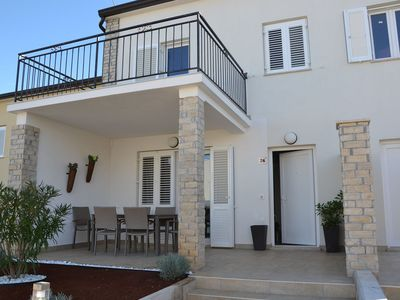 Photo for Great holiday home with sea views, whirlpool, grill and that near the Adriatic