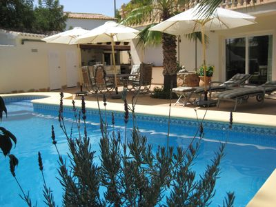 Photo for Fantastically quiet holiday oasis with Barbacoa and private pool, 1000m from the sea