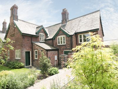 Photo for JUST A COTTAGE, NEWLANDS FARM, pet friendly in Riddings, Ref 946824