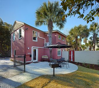 Photo for Folly Vacation 114B Townhouse, perfect family vacation, pets welcome!