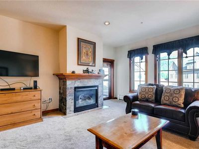 Photo for Great in town condo with outdoor pool, hot tubs, hiking/biking trails close by
