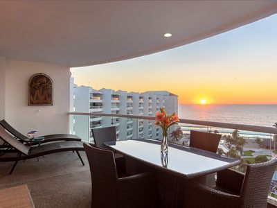 Photo for Oceanfront Condo With Magnificent View