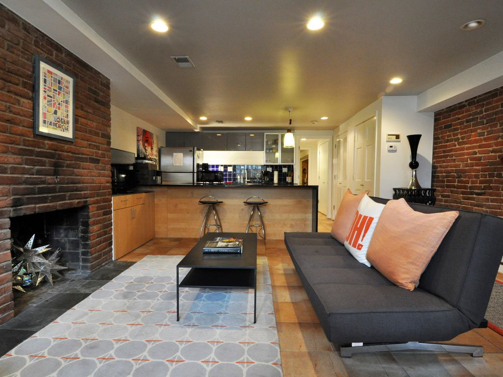 Modern English Basement Apartment In Washington's Most