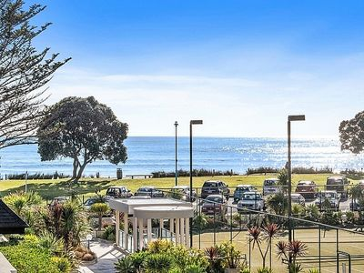 Photo for Beach and Mount Retreat - Mt Maunganui Apartment