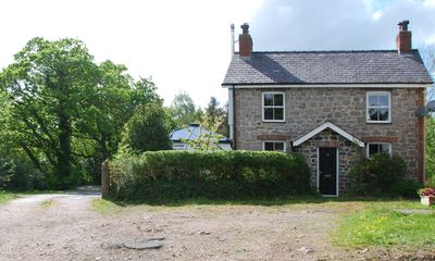 Photo for Beautifully renovated Victorian house. Central location on Bangor outskirts.