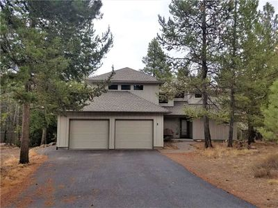 Photo for 3 Lark Lane: 3 BR / 3.5 BA home in Sunriver, Sleeps 8