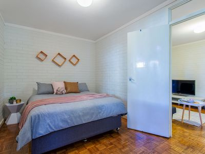 Photo for FREMANTLE COASTAL STAY - perfect central location with free parking and wifi