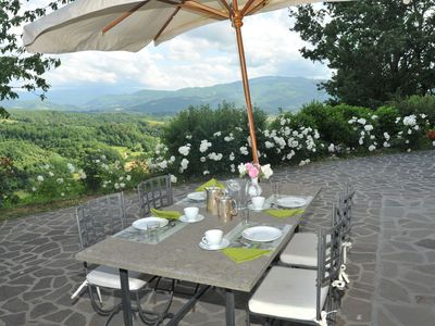 Photo for Cosy apartment in villa with WIFI, pool, A/C, pets allowed, panoramic view and parking