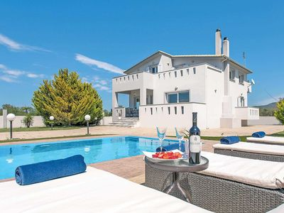 Photo for 3 bedroom Villa, sleeps 6 in Agrilia with Pool, Air Con and WiFi