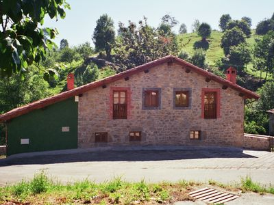Photo for Rural house with garden, for 8 people in Onís, Asturias