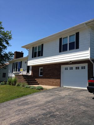 Photo for Open Concept 3 Bedroom-- Only 7 minute Walk to Roger Wheeler Beach! And AC!