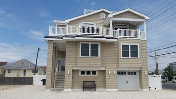 Just steps to the beach, new construction!