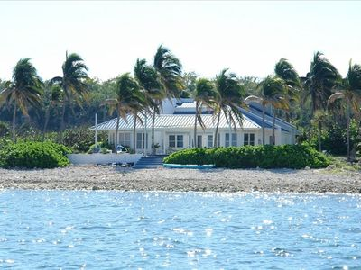 Photo for Oceanfront, Pool, Gourmet Kitchen, Pc/Dsl, 2 Acres - the Best!