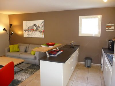 Photo for T3 SPACIOUS CLIMATISE NEAR THE CITY CENTER FOR 4 PEOPLE.